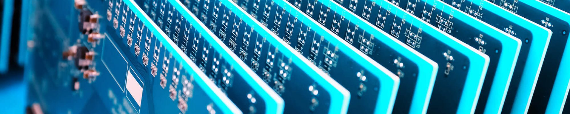 communication-circuit-board-closeup-P3QEBMC-1
